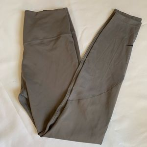 Grey Nike leggings